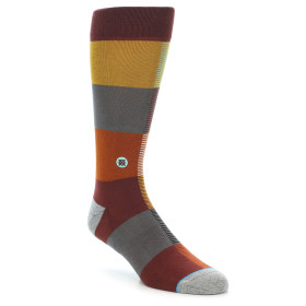 21695-brown-multi-color-checkered-men's-casual-socks-stance01